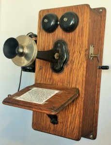 antique-telephone-in-georgia-2